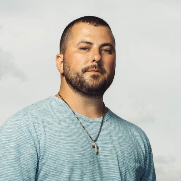 Tyler Farr performing August 17 at Tailgate Fest